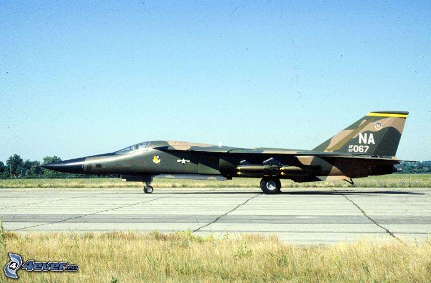 F-111 Aardvark, airport