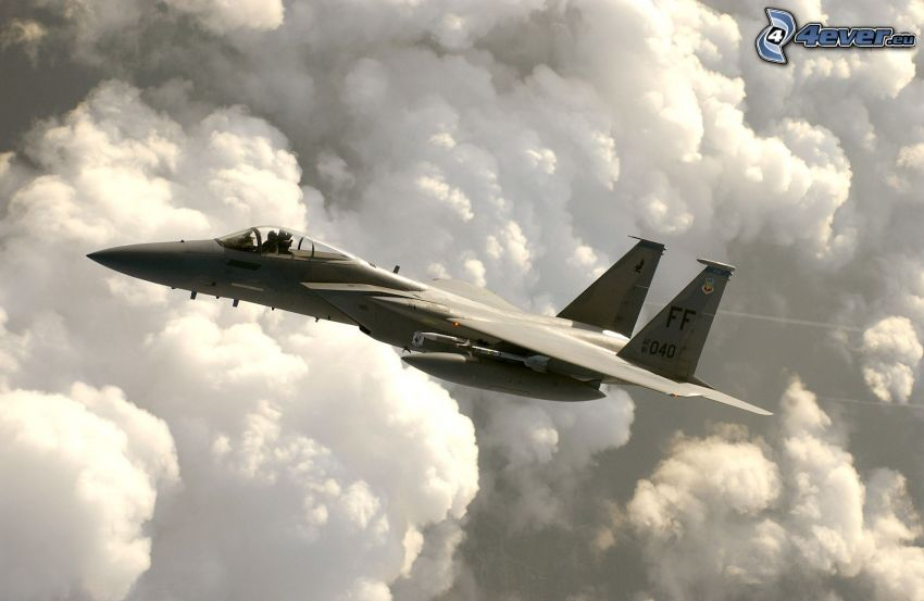 F-15 Eagle, clouds