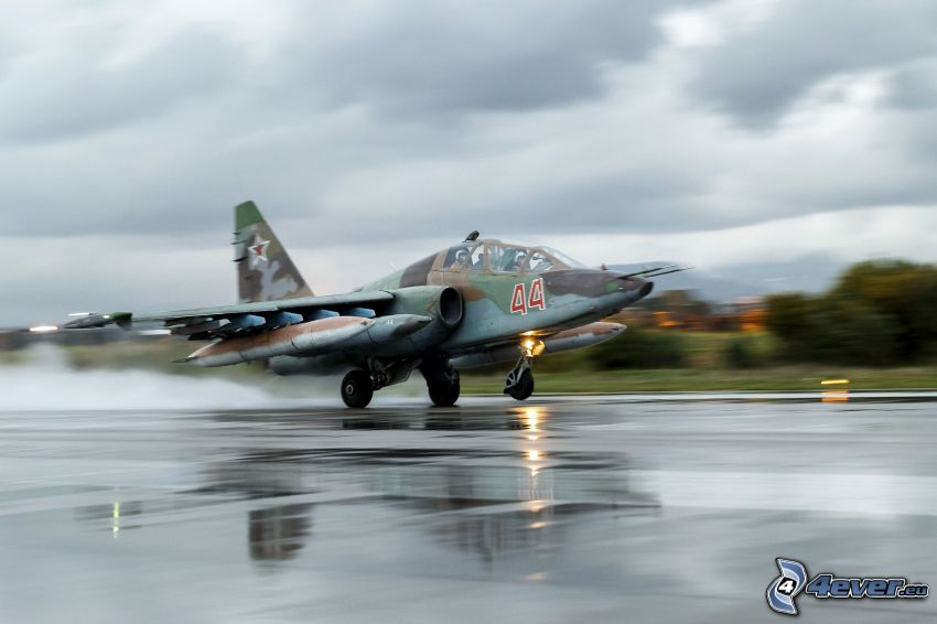 Sukhoi Su-25, airport