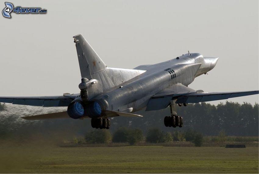 Tupolev Tu-22, take-off