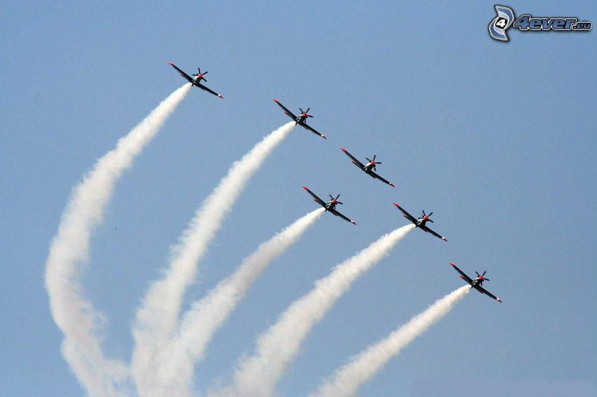 air show, contrail