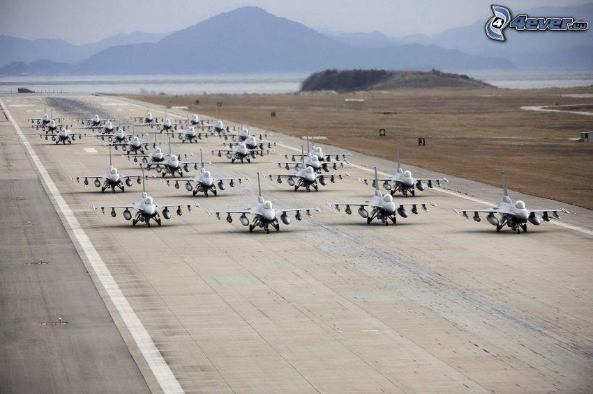 airplanes, runway