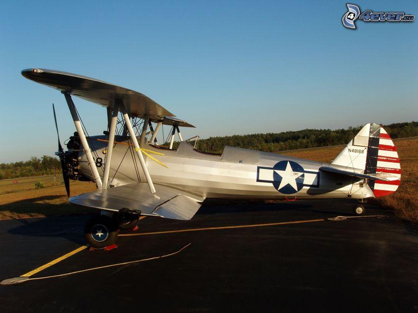 biplane, field