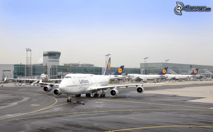 Boeing 747, aircraft, airport, Lufthansa