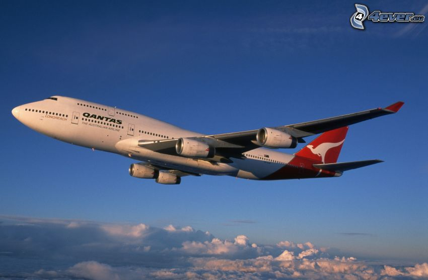 Boeing 747, Qantas, over the clouds