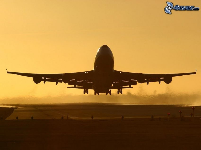 Boeing 747, take-off, airport