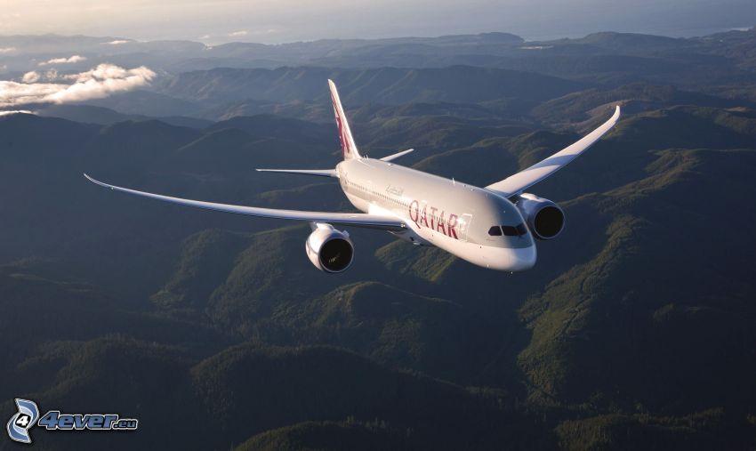 Boeing 787 Dreamliner, hills, mountains, Qatar