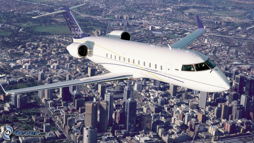 Bombardier Challenger 850, private jet, city