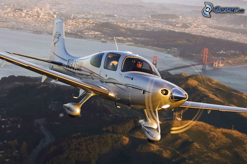 Cirrus SR22, Golden Gate, San Francisco