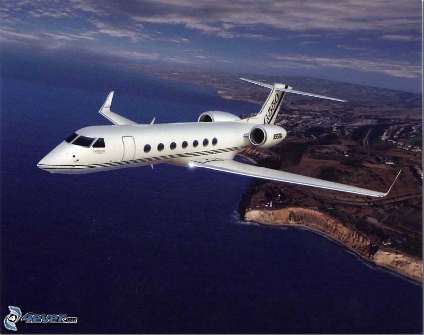 Gulfstream G550, private jet, sea, coast