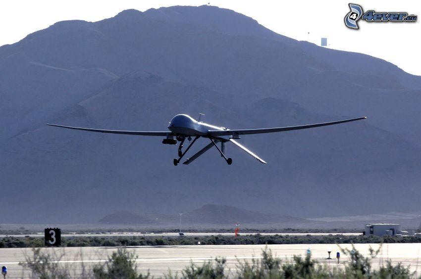 Predator Drone, unmanned aerial vehicle