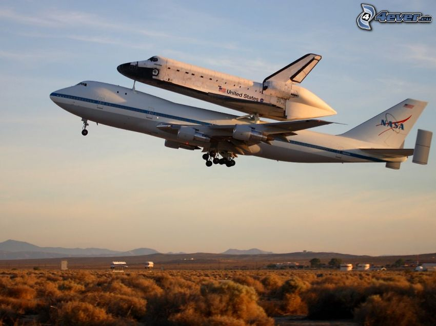transporting space shuttle, Space Shuttle Atlantis, Boeing 747, NASA