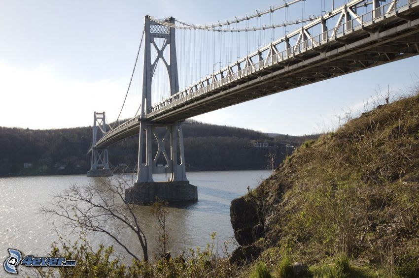 Mid-Hudson Bridge, rocks