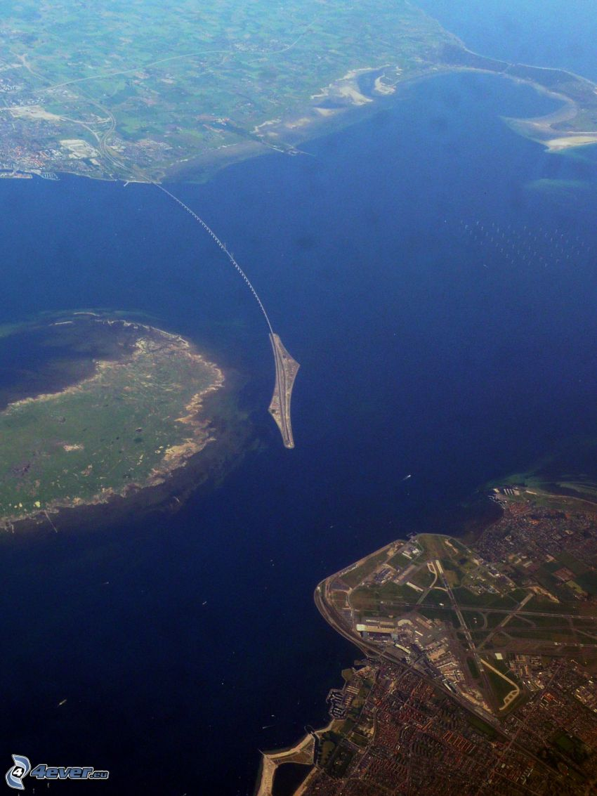 Øresund Bridge, islands, sea