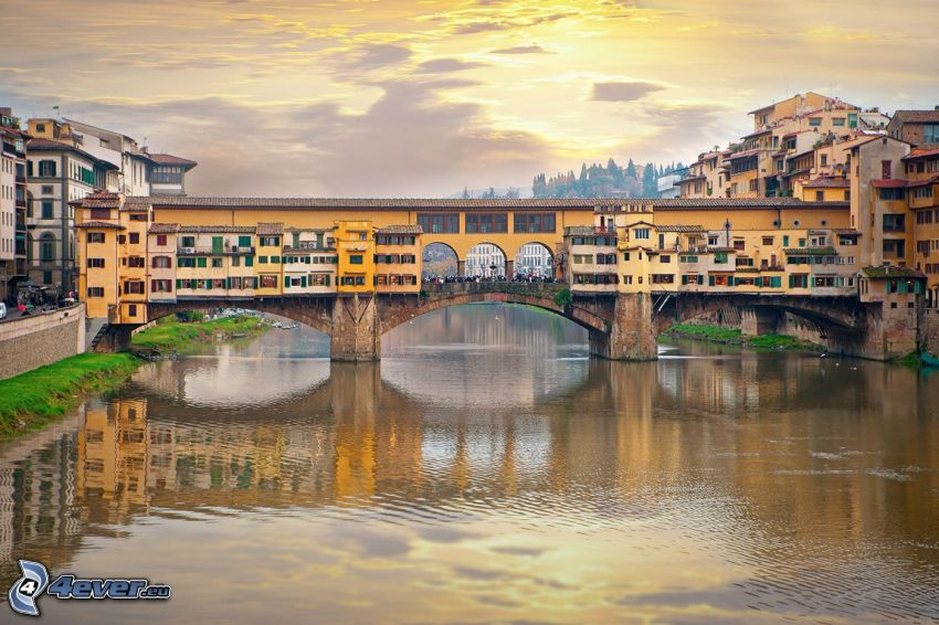Ponte Vecchio, Florence, sun behind the clouds, Arno, River, bridge