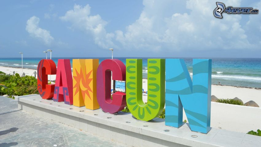 Cancún, open sea