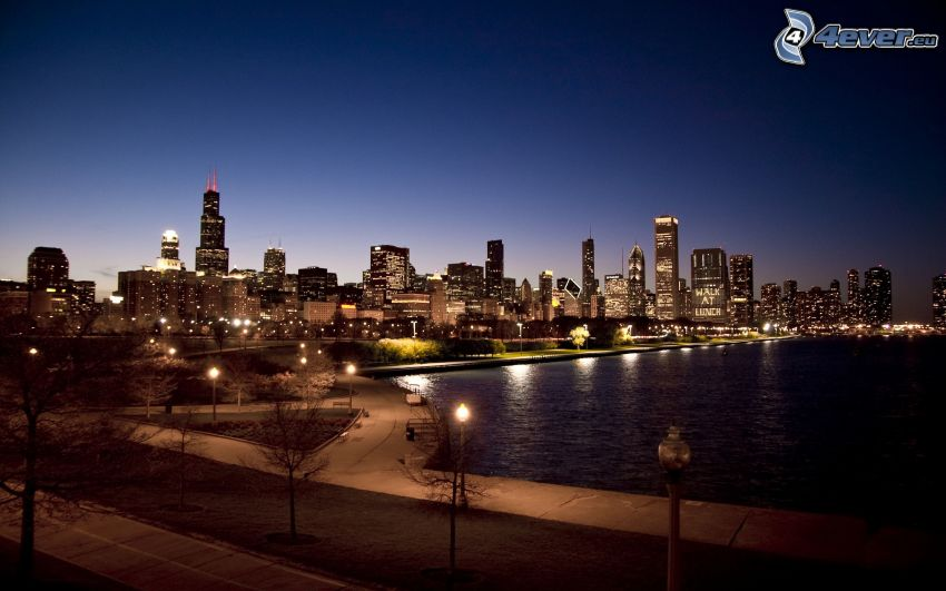 Chicago, USA, evening