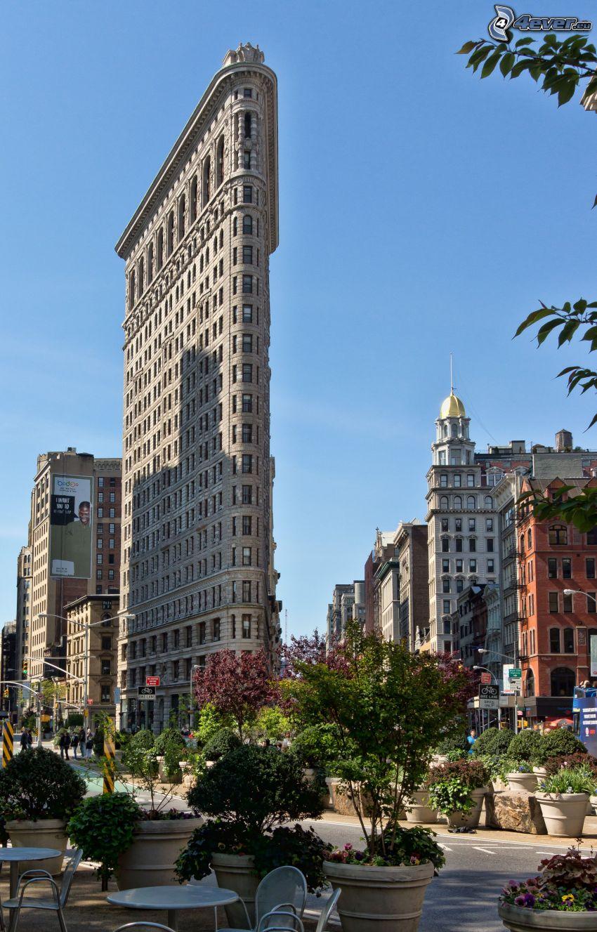 Flatiron, Manhattan, street, flowerpot, bushes