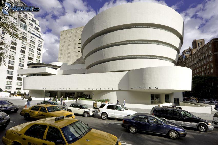 Guggenheim Museum, cars