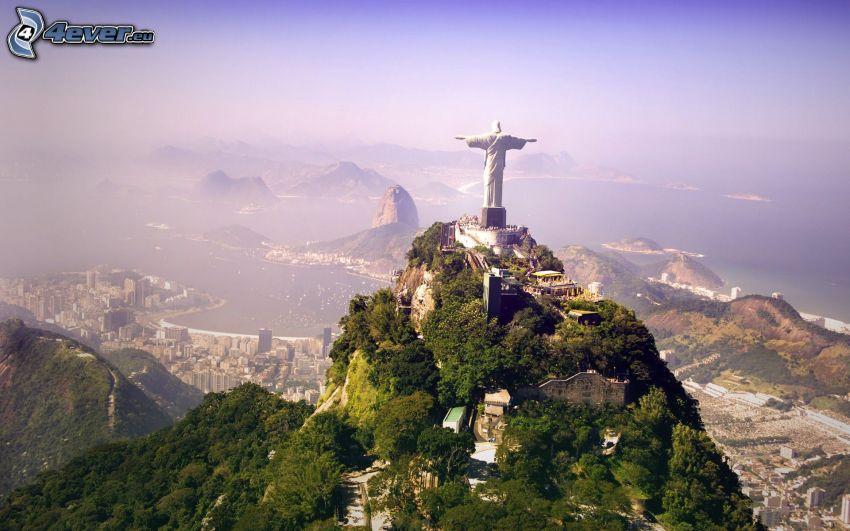 Jesus in Rio de Janeiro, view of the city