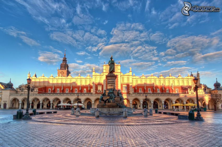Kraków, square, statue