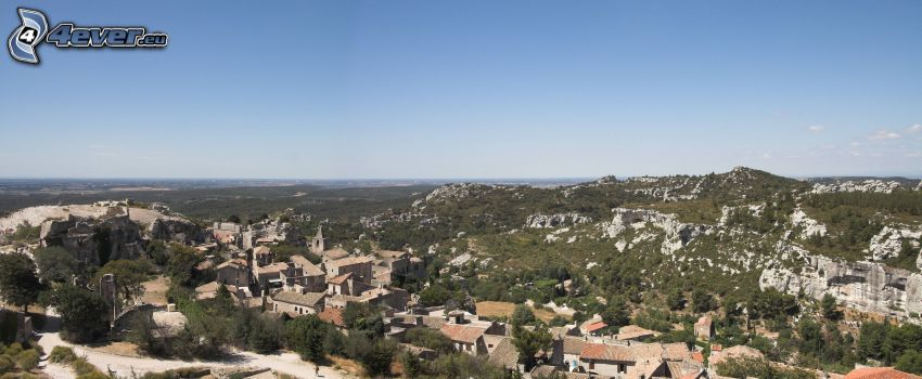 Les Baux de Provence, mountain