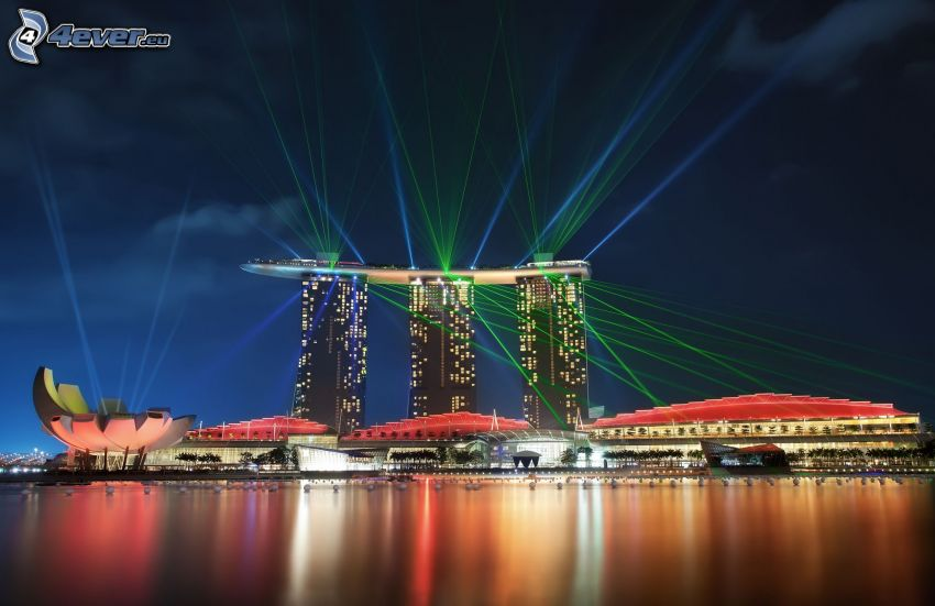 Marina Bay Sands, Singapore, laser rays