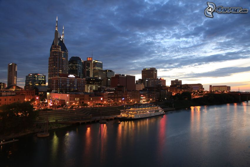 Nashville, evening city, ship