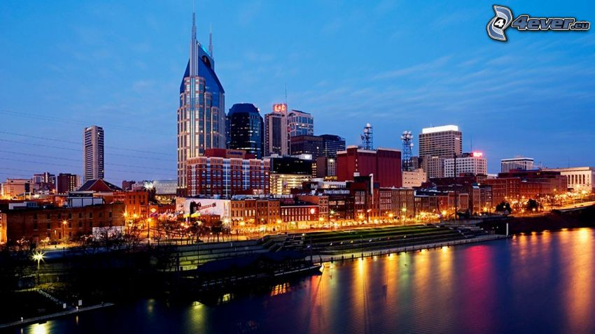 Nashville, evening city