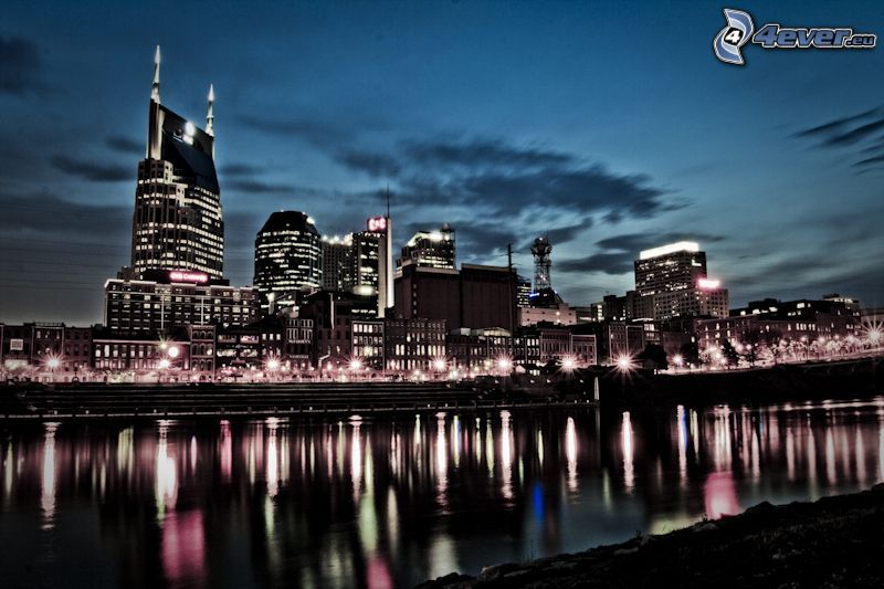 Nashville, night city
