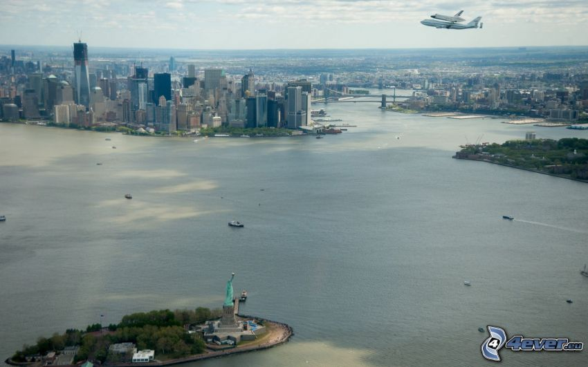 New York, Statue of Liberty, Manhattan, transporting space shuttle, airplanes