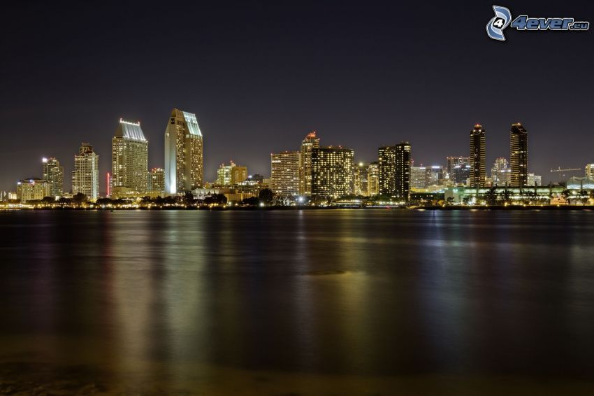 San Diego, night city