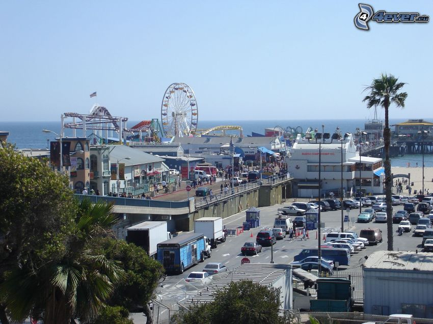 Santa Monica, street, ferris wheel, sea