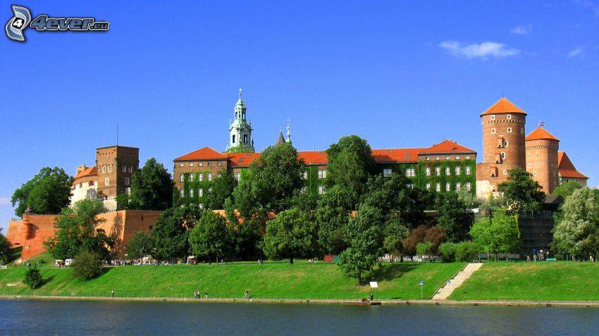 Wawel castle, Kraków, green trees