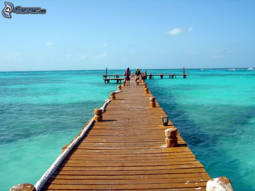 wooden pier, tourists, open sea, Cancún