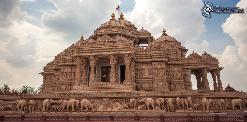 Akshardham, elephants, clouds