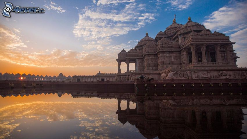 Akshardham, water surface, reflection, sunset, evening
