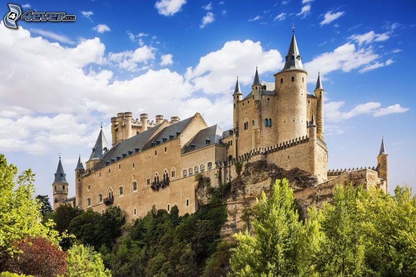Alcázar of Segovia, clouds