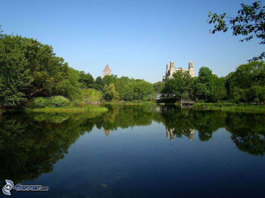 Belvedere Castle, lake, green trees