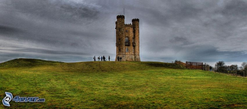 Broadway Tower, tourists, meadow