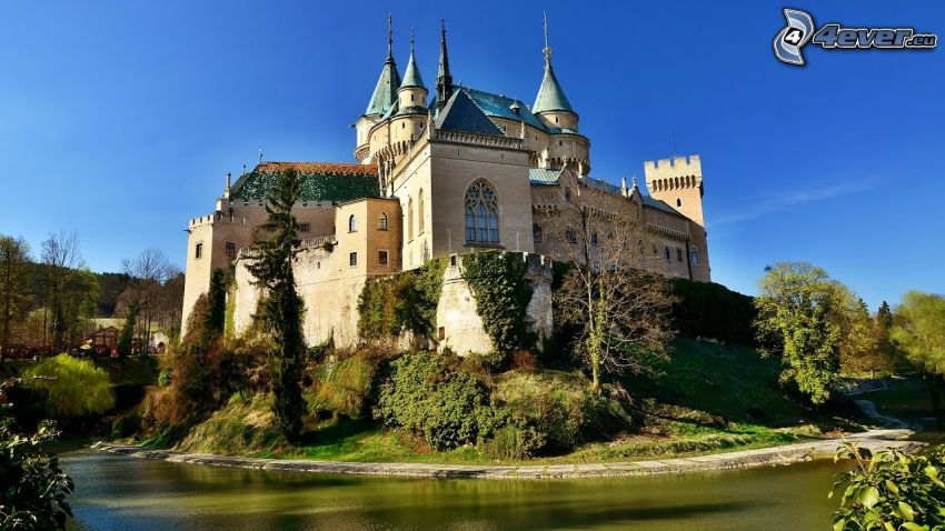castle Bojnice, lake