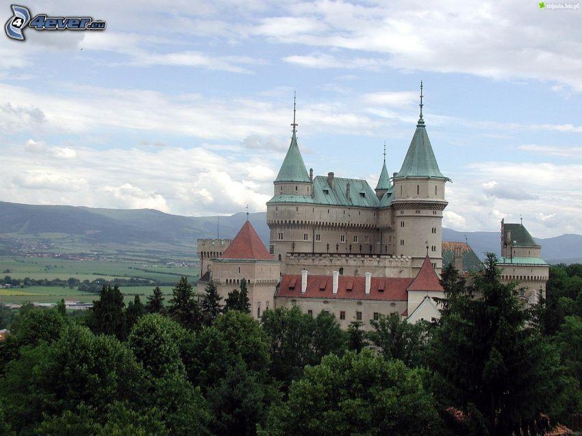 castle Bojnice, trees