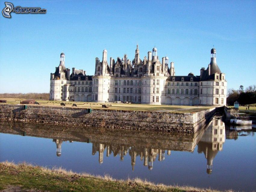 Château de Chambord, Cosson, reflection