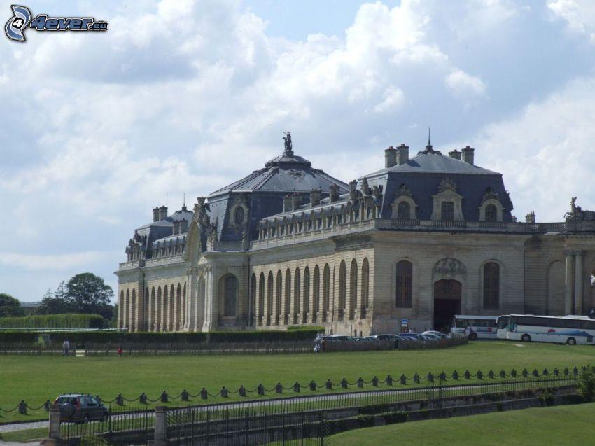 Château de Chantilly, garden, car park
