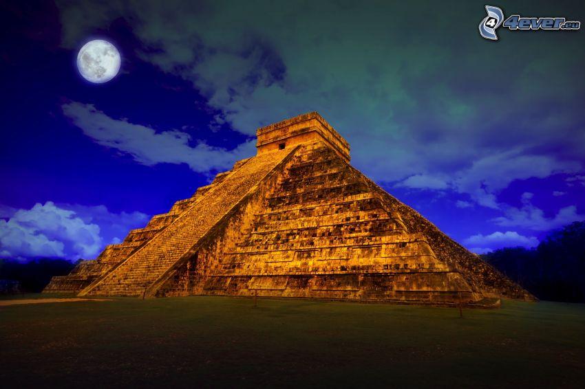 Chichen Itza, moon, night