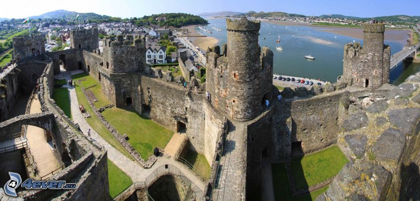 Conwy Castle, courtyard