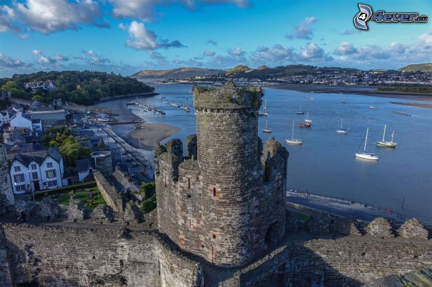 Conwy Castle, tower, sea, ships, coast