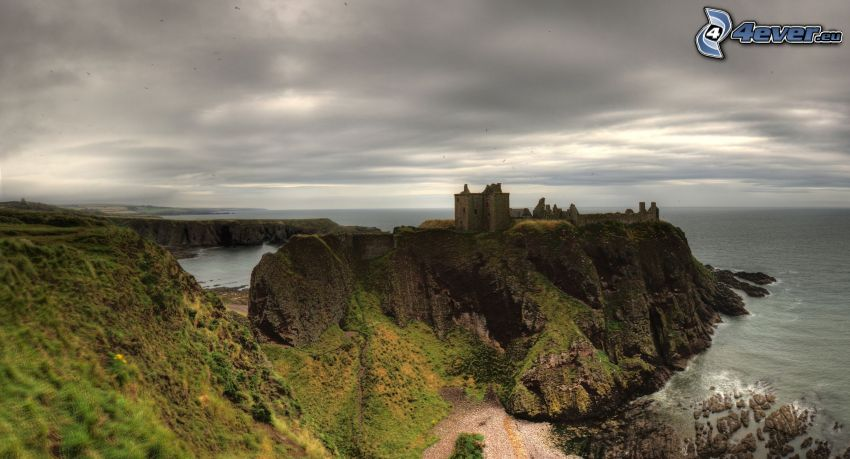 Dunnottar, open sea, dark clouds