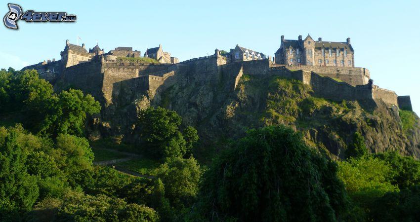Edinburgh Castle, hill, greenery