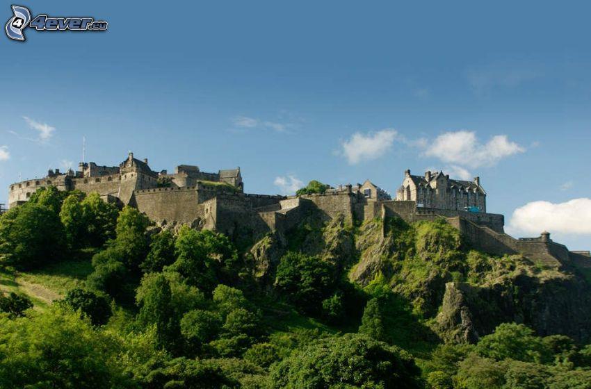 Edinburgh Castle, trees